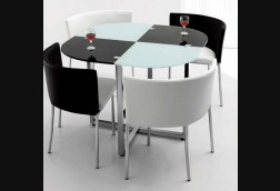 Fillmore Black/White Dinette